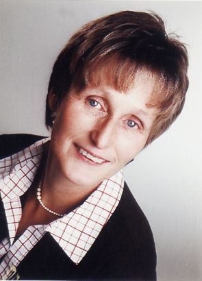 Foto der  Mitarbeiterin der VHS Außenstelle Kirchenthumbach, Kornelia Heinl